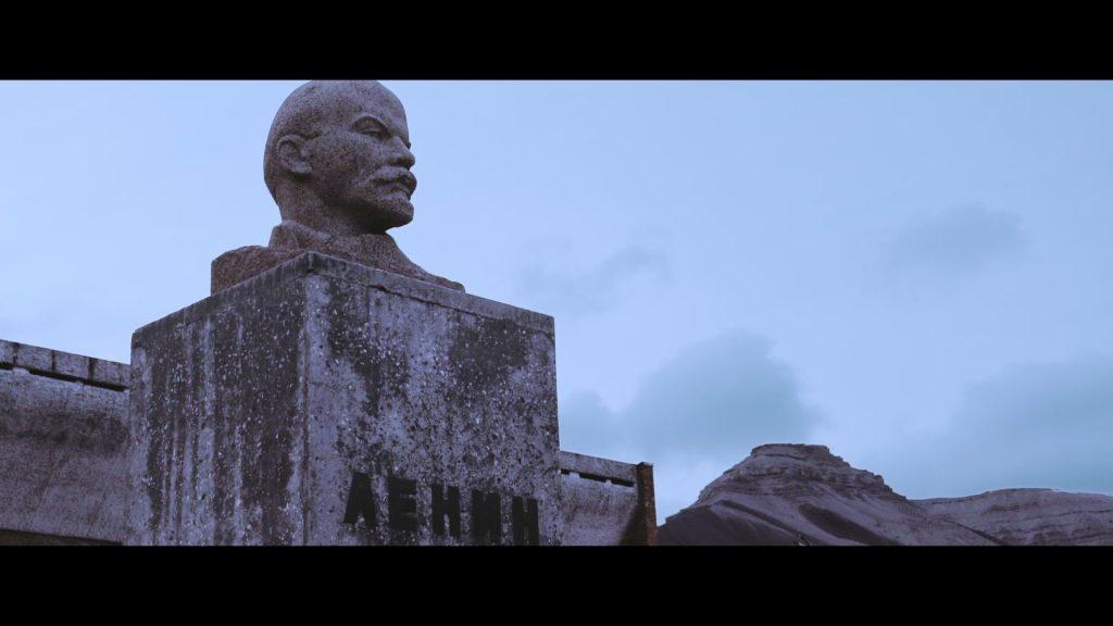 Pyramiden - Statue of Lenin
